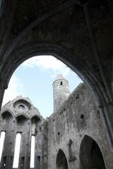 rock of cashel church arches