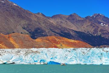 Unique lake Viedma in Argentine
