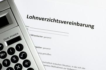 Lohnverzichtsvereinbarung mit Taschenrechner
