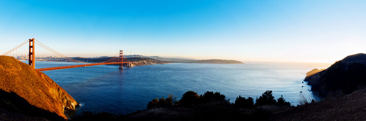 Panoramic view of Golden Gate bridge, San Francisco, USA.