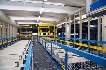 Galvanization in a factory of electrical connectors