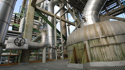 Heat exchanger in refinery factory , Smooth panning video