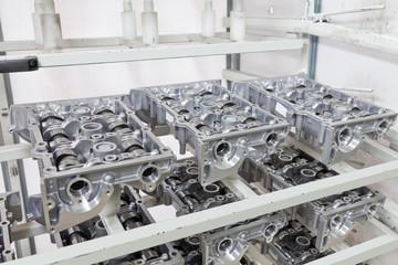 Komponenten für Aluminium-Motoren in der Produktion