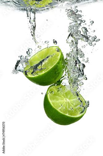 wapno-z-kropli-wody