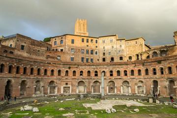 Fori Imperiali, mercato di Traiano al tramonto - Roma