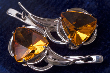 Earrings with citrine