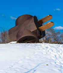 The Giant Three-Way Plug in the snow, at the Philadelphia Museum