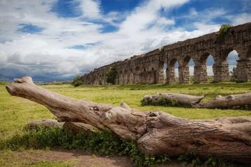 antico acquedotto romano