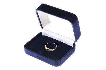 engagement wedding ring in on velvet box