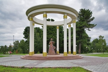 Monument to the wives of the Decembrists in Tobolsk
