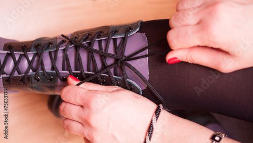 Wiązanie butów - 75033714