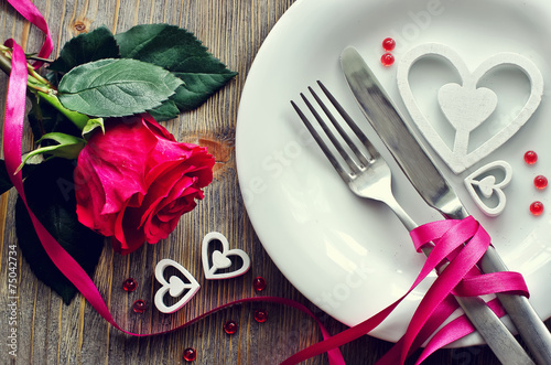 Fotobehang Boord Saint Valentines's Day festive romantic table setting and rose