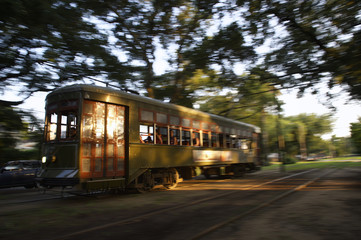 Streetcar New Orleans Garden District