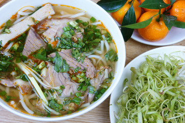 Vietnamese soup, Bun bo,  rice vermicelli