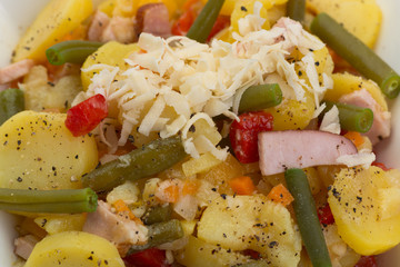 Kartoffel-Meerrettich-Salat