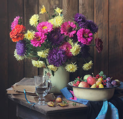 Цветы и ягоды