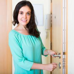 Housewife open new lock of door