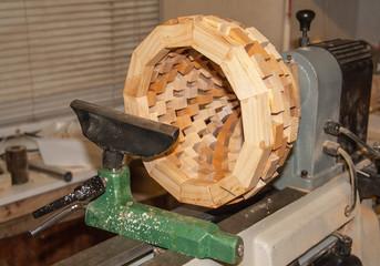 Création d'un vase en bois au tour