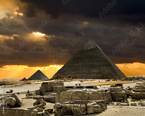 Poster Egypte Pyramids at Giza on the background of the Sunset,Cairo, Egypt