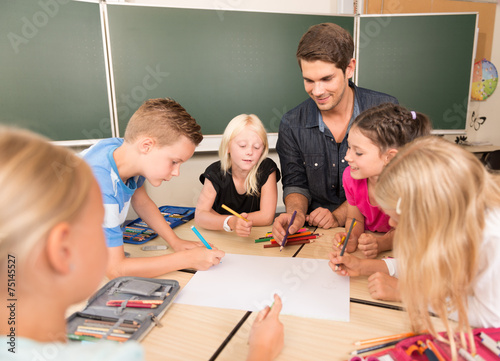 Leinwanddruck Bild Kinder in der Grundschule