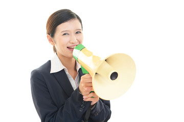 拡声器を持つ女性
