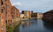 Fashionable flats along the River Aire in Leeds - 75166933