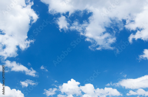 White clouds in blue sky. - 75184347