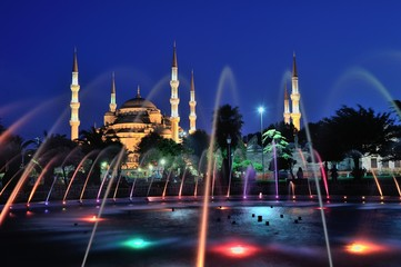 Blue Mosque in blue hours with fountains of pool