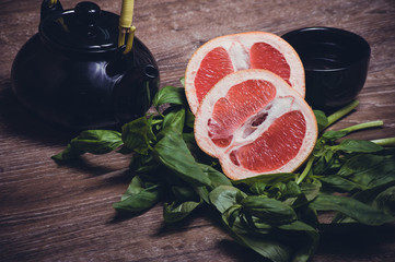 grapefruit and basil tea served in cup