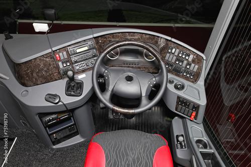 Bus cockpit - 75198790