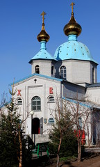 Весна возле Христо-Воскресенской церкви
