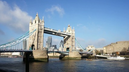 Tower Bridge in a sunny day, pan