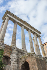 Tempio di Saturno a Roma (Tempel des Saturn, Temple of Saturn)