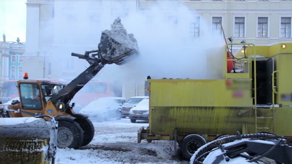 The mechanized cleaning of snow in the city