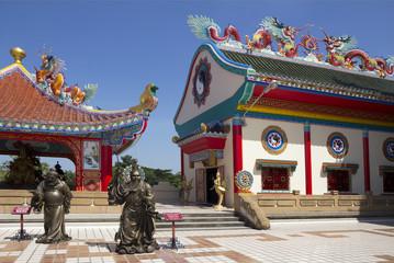 Тайлан.  Китайский храм в Паттайе.