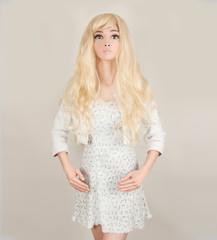 Mannequin doll blonde