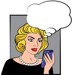 Donna stile fumetto pop con telefono cellulare