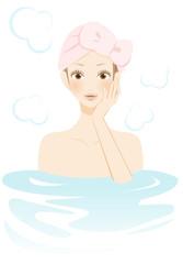 入浴中の女性 笑顔