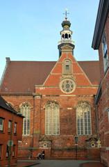 Backsteinfront der Neuen Kirche in Emden
