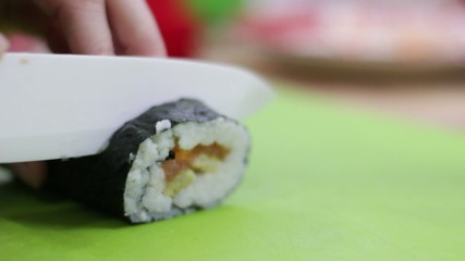 Preparazione sushi cucina giapponese