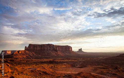 Leinwandbild Motiv Monument Valley Sunrise