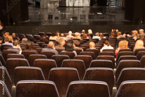 Papiers peints Opera, Theatre people at theatre