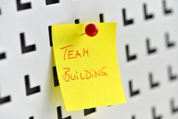Team Building, Teamarbeit, Kollegialität, Projekt, Teamgeist