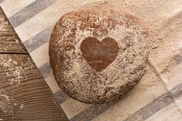Pane con il cuore
