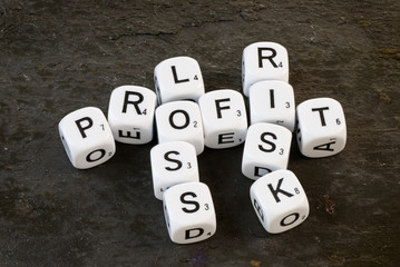 Profit, Risk and Loss on Dice