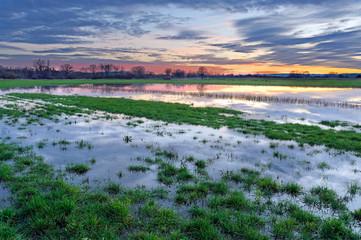 Landschaft Sonnenuntergang am Wasser