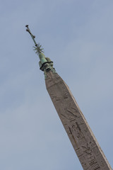 obelisco egizio in piazza del popolo a Roma