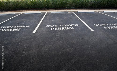 Empty Customer Parking Spaces - 75305172