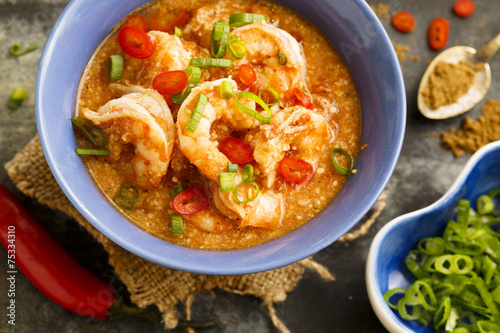 Fotobehang Schaaldieren Prawns and cashew curry