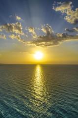 Tramonto sul mare - Verticale